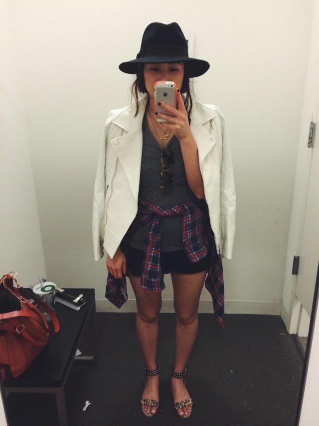 fitting room selfie