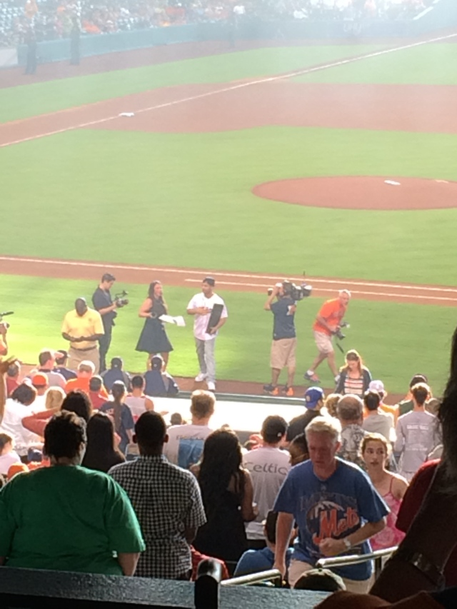 Drake at the Astros game