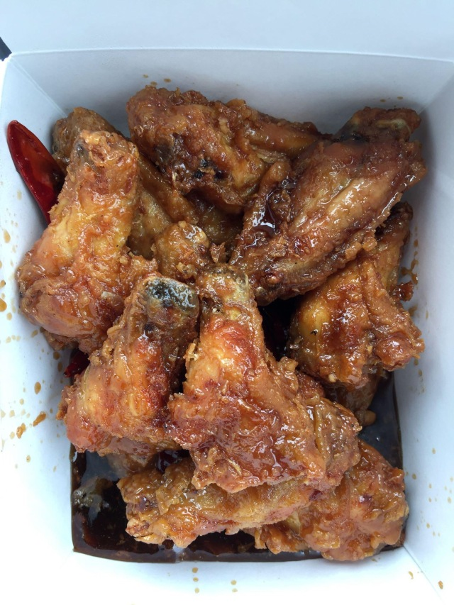 San Tung wings